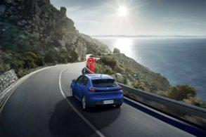Novo Peugeot 208 terá tecnologias semiautônomas de direção