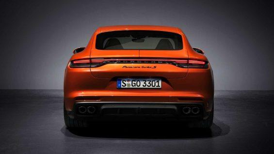 traseira porsche panamera turbo s 2021 laranja