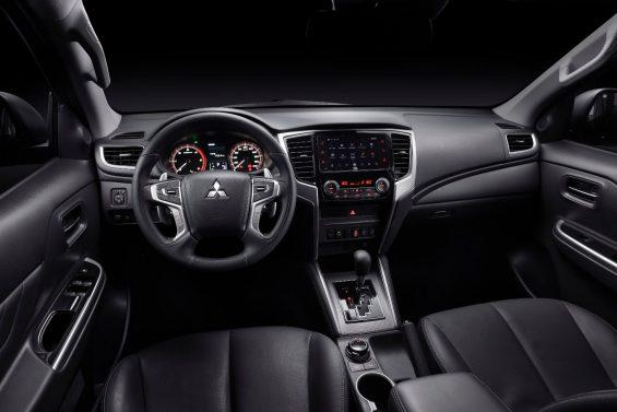 interior mitsubishi triton sport 2021 hpe s