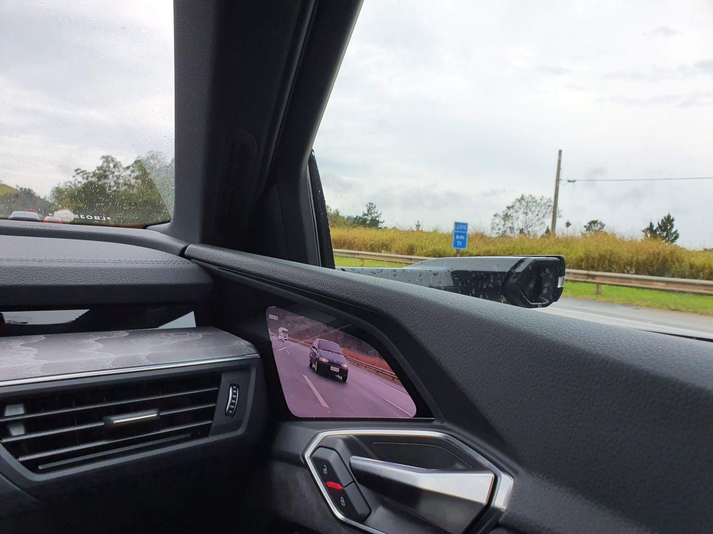 virtual side mirror retrovisor camera do audi e tron 2021 foto laurie andrade autopapo