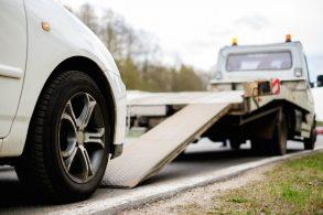 Projeto proíbe remoção de veículos em feriados e finais de semana