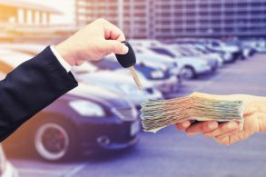 Carro novo também exige cuidados antes da compra: você sabe quais?