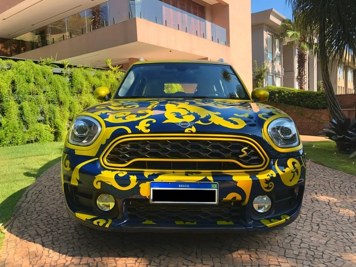 Carro de Daniel Alves Mini Countryman