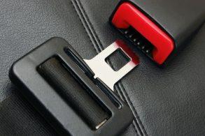 Além dos airbags, cintos da Takata também não protegem