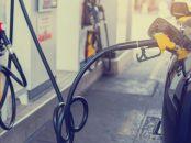 carro flex automovel abastecendo posto combustivel etanol alcool gasolina