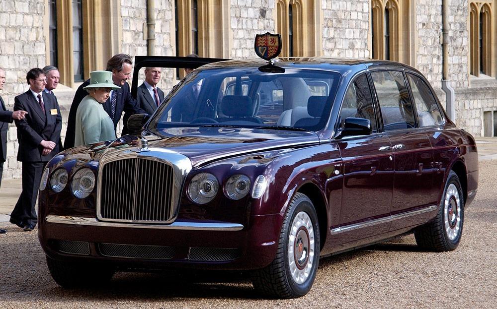 rainha elizabeth ii bentley state limousine carro de presidente