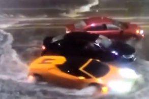 Veja o vídeo! Lamborghini encara enchentes como um 'submarino'