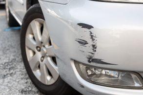 Manobrista bateu seu carro: quem paga o conserto?