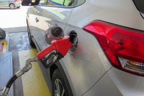 Qual combustível da primeira vez no flex?