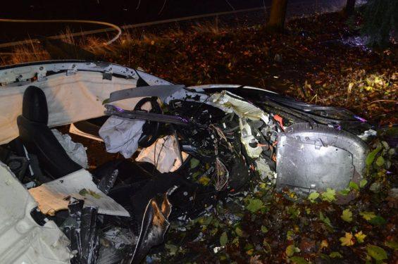 tesla model 3 acidente destruido