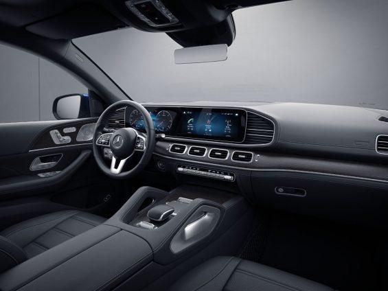 interior da mercedes benz gle 400 d 4matic coupe