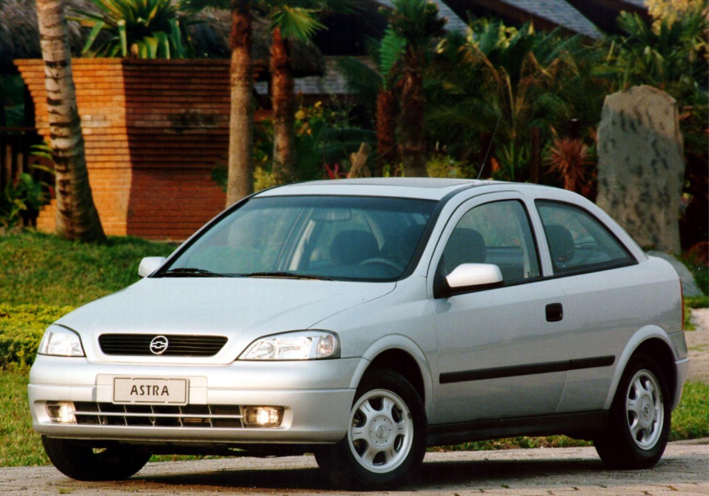chevrolet astra gls hatch 1999 prata de frente