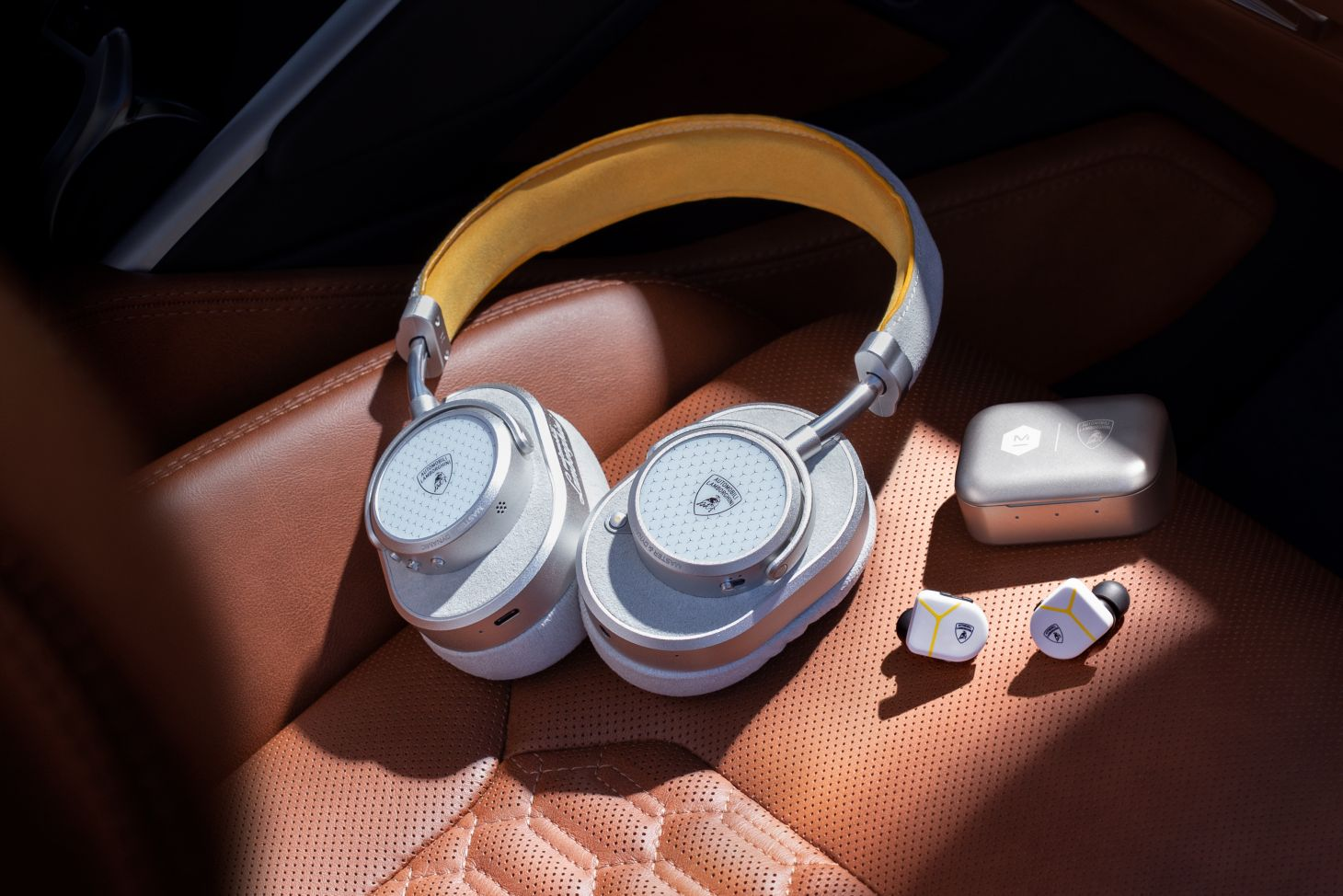 fones de ouvidos lamborghini 3