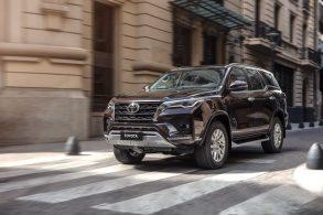 Novo Toyota SW4: novo estilo, mais potência e preço salgado