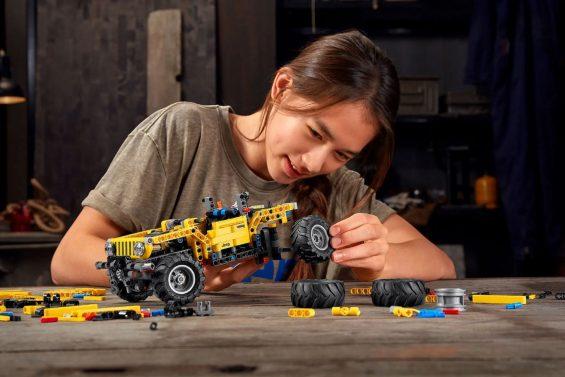 jeep wrangler lego technic 2