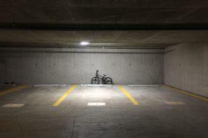 Garagem de condomínio: conheça as regras para uso das vagas