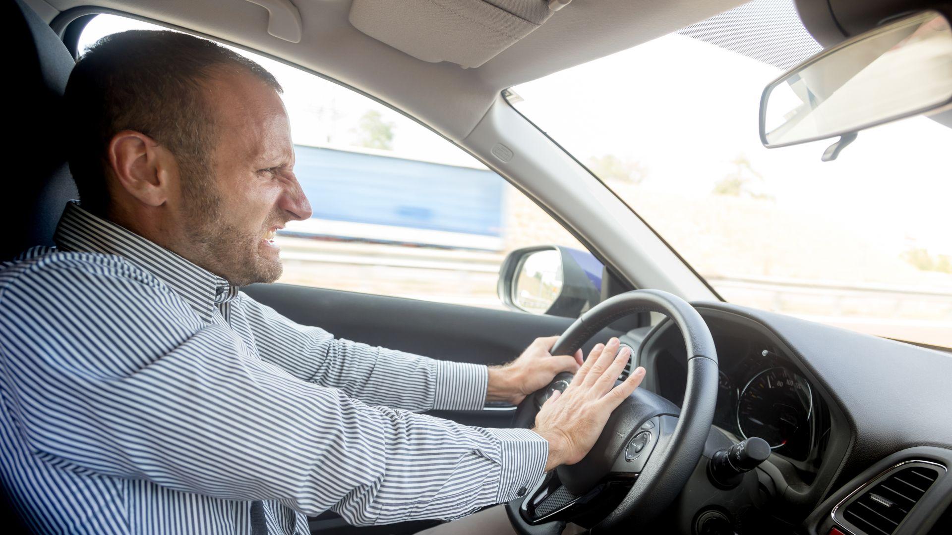 motorista nervoso