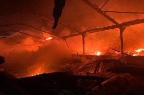 Incêndio criminoso destrói 80 supercarros, incluindo um LaFerrari