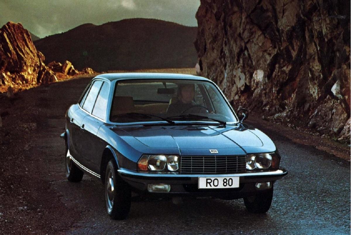 nsu ro80 azul sedan de frente carros alemaes