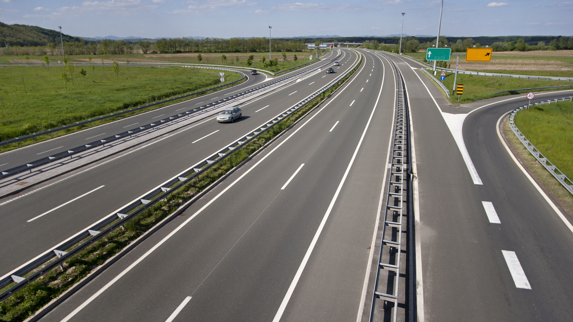 rodovias pista desaceleracao aceleracao