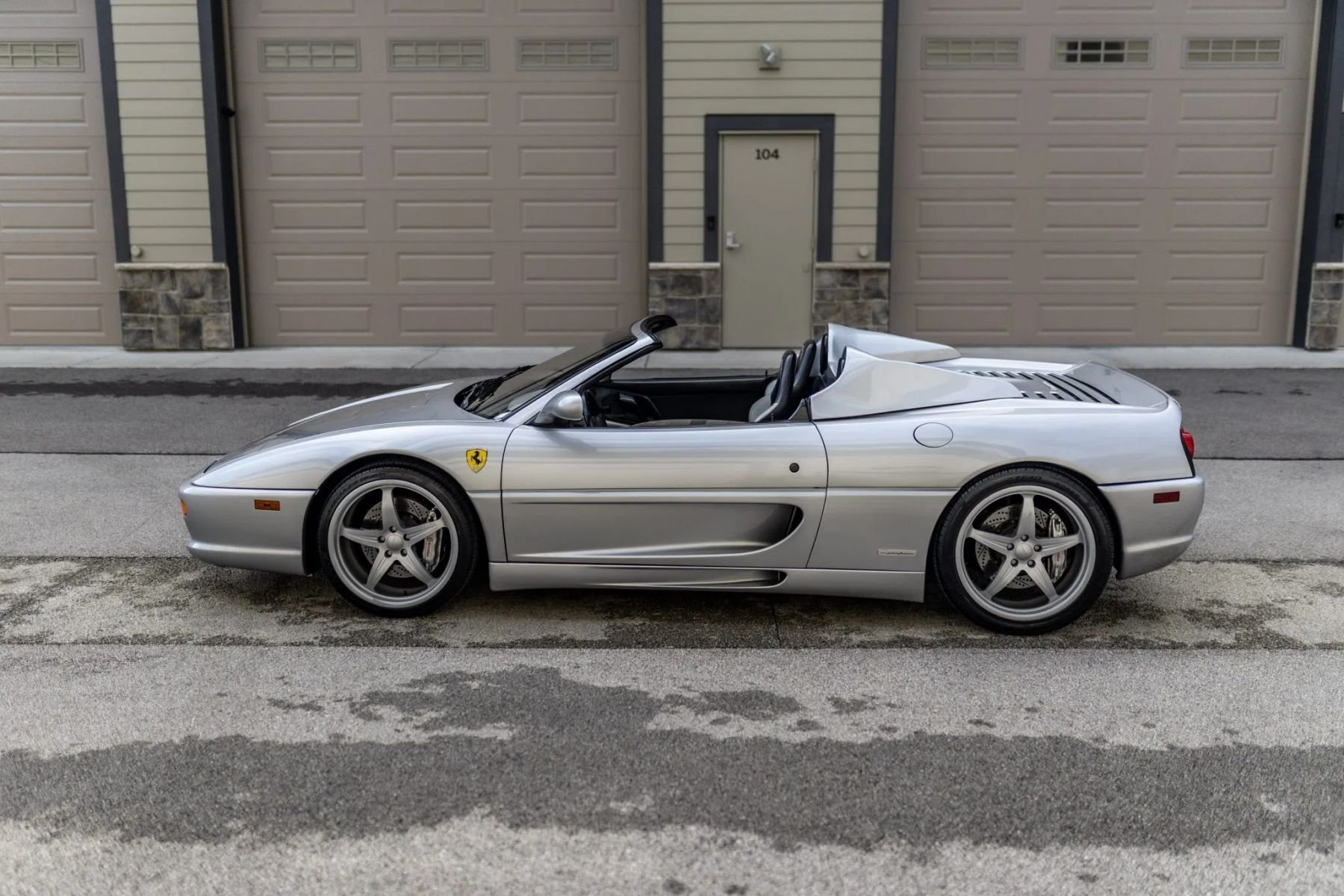 ferrari f355 shaquille oneal lateral