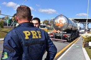 PRF aumenta fiscalização nas estradas