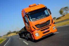 Marcas de caminhões: no mundo dos pesados, quem é dona de quem?