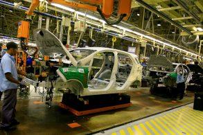 [Vídeo] Por que a Ford fecha todas as suas fábricas no Brasil?