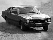 ford maverick gt v8 de frente fazendo curva
