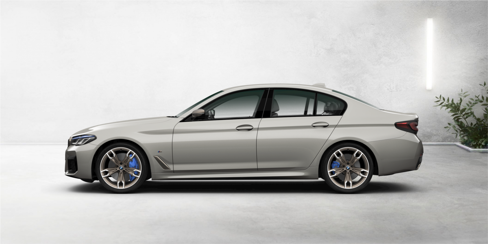 lateral do bmw m550i xdrive 2021