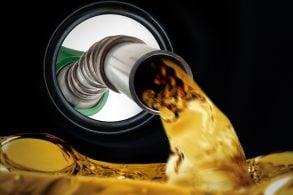 Gasolina Premium é jogar dinheiro no lixo?