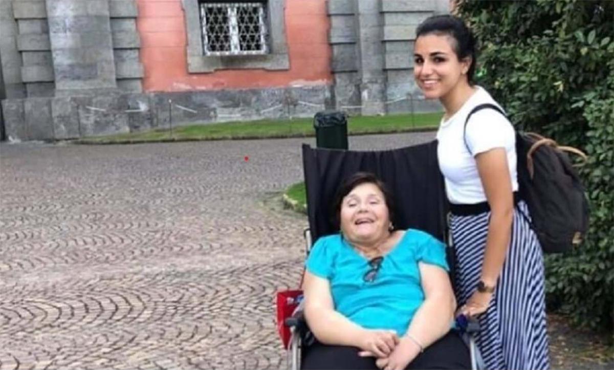 mae e filha tiveram fiat doblo roubado em bari na italia