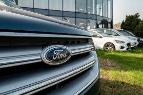Quem 'abiscoita' os clientes da Ford Brasil?