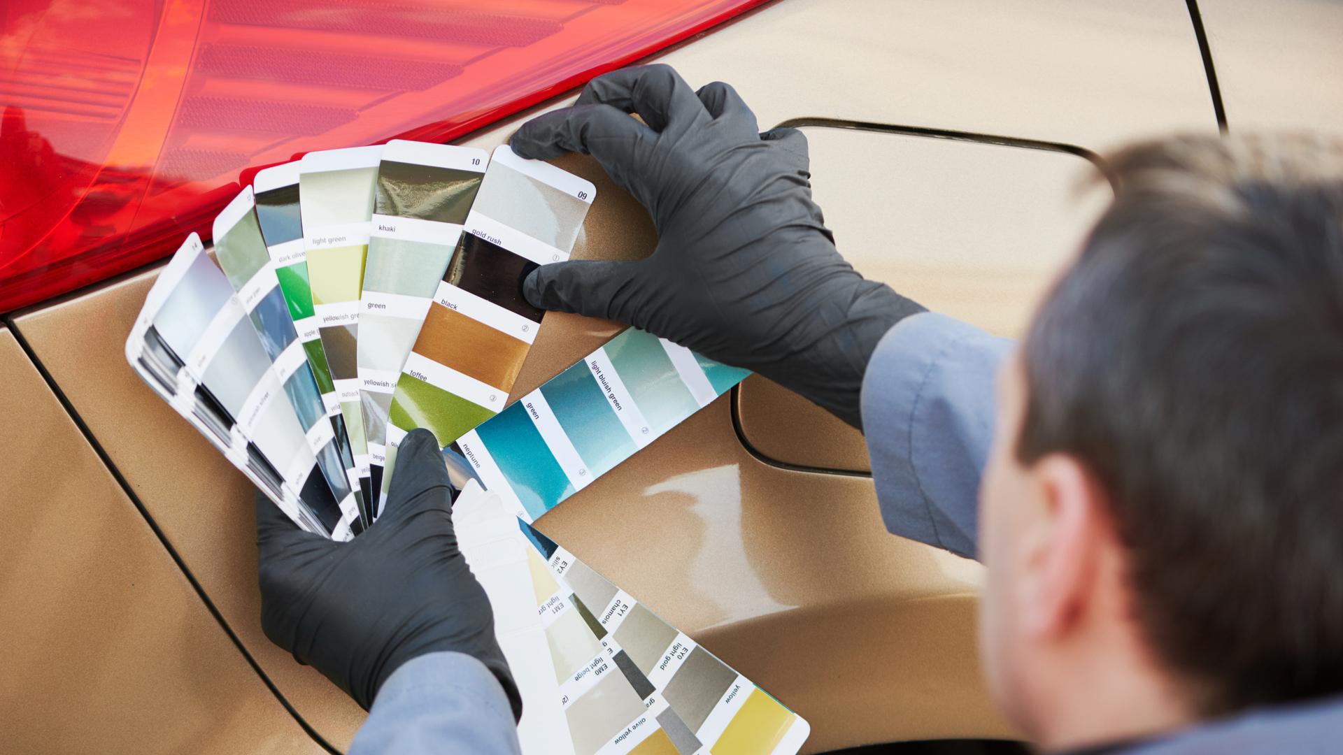 cor do carro paleta shutterstock 401082700