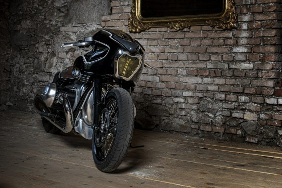 bmw r18 customizada 12 homen de lata