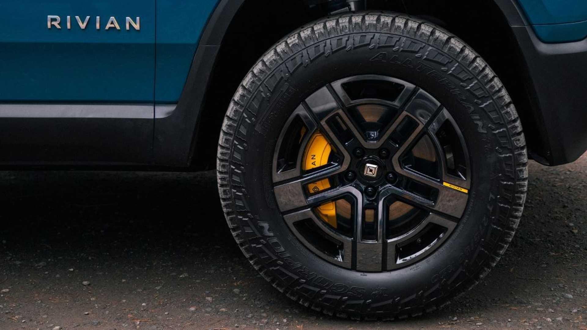 pneu do carro eletrico pirelli