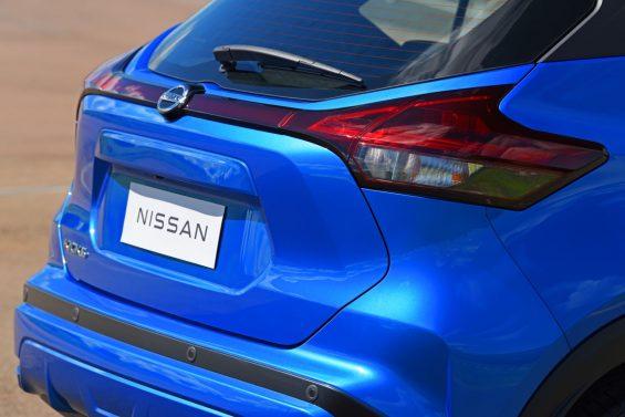 nissan kicks 2022 exclusive azul 35