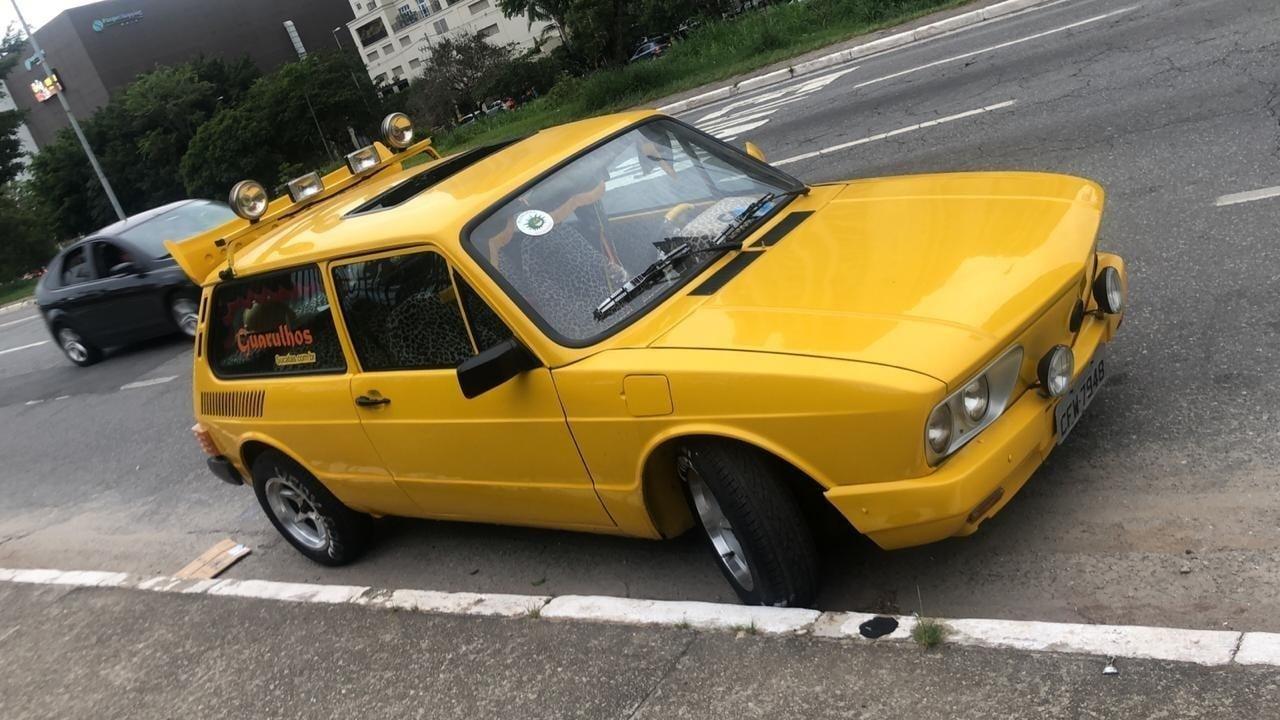 vw brasilia amarela mamonas assassinas dinho