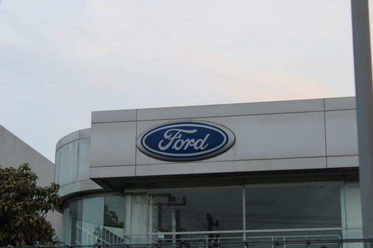 166 concessionarias ford no brasil devem fechar as portas