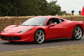 Motor turbo? Donos de Ferrari preferem os aspirados