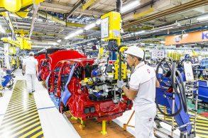 Fiat paralisa segundo turno de produção na fábrica de Betim (MG)