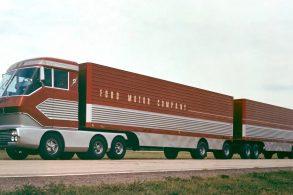 Caminhão Ford movido a turbinas é localizado 40 anos após desaparecer