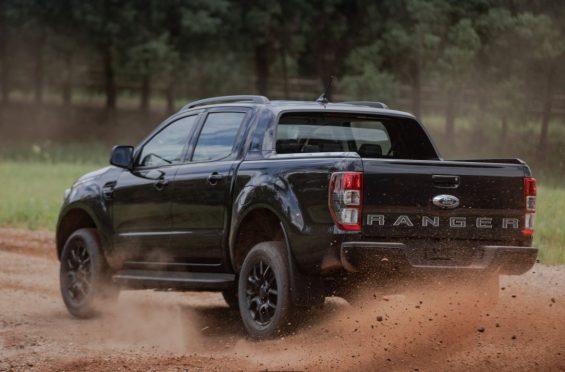 ford ranger black no barro