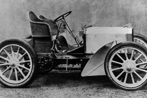 Mercedes nasceu há 120 anos, numa derrapada de Herr Daimler