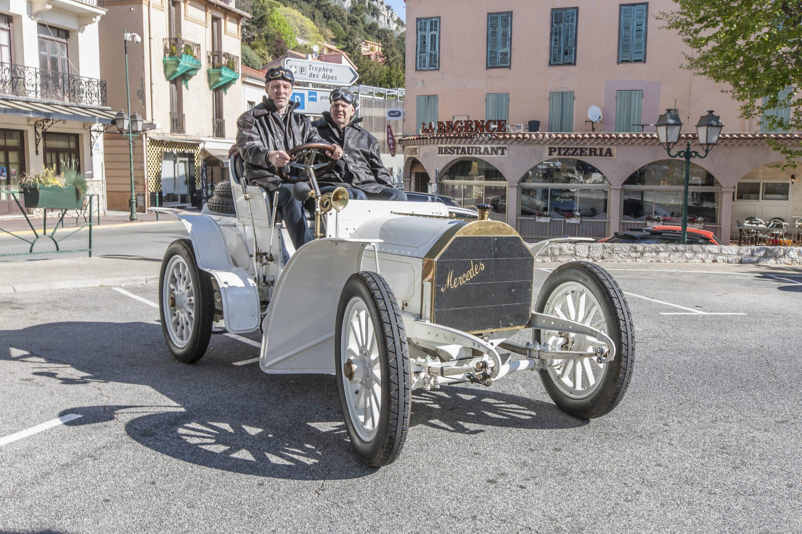 evolucao do 35hp foi o segundo mercedes com 40 hp de potencia