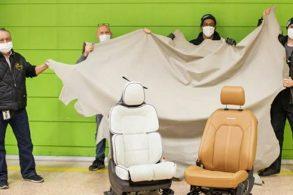 Ford encontra R$ 575 mil em couro em fábrica abandonada