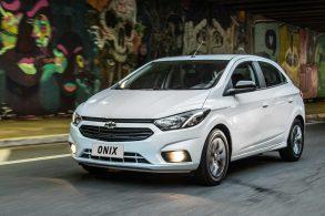 Chevrolet provoca Ford na Argentina para vender Onix a clientes do Ka