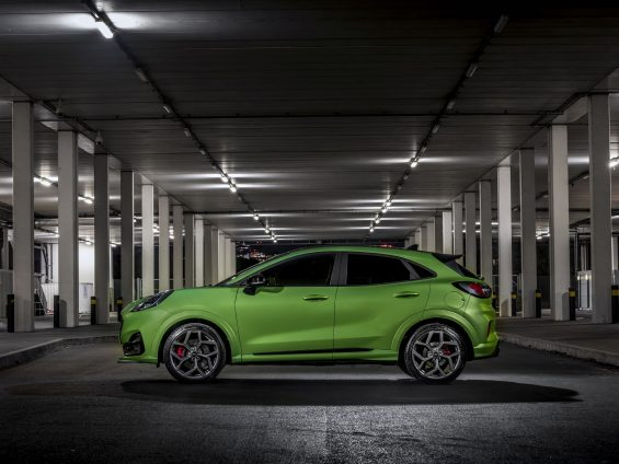 ford puma st verde lateral