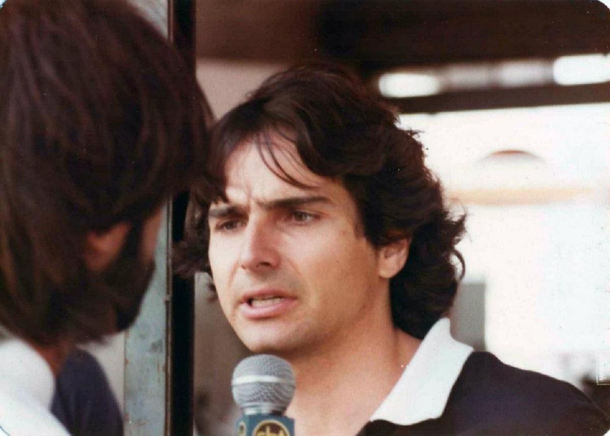 nelson piquet dando entrevista nos anos 80