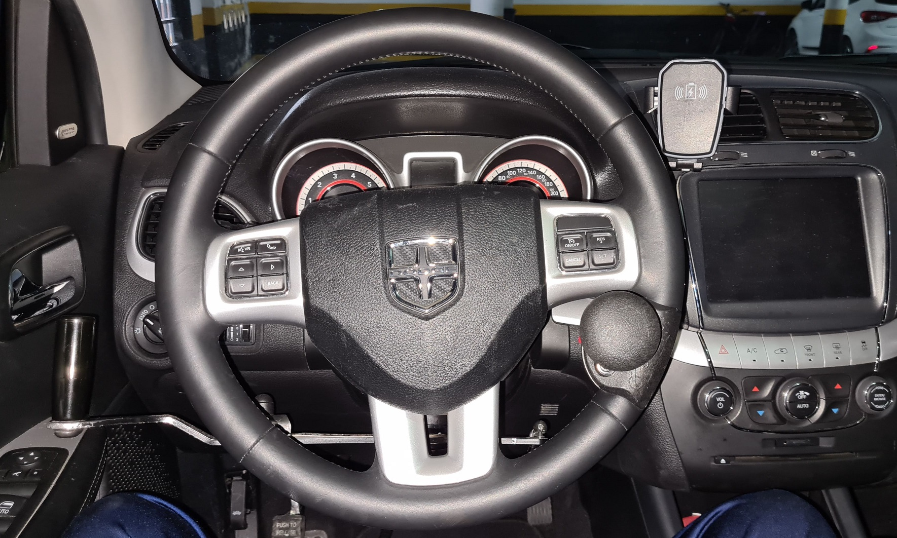 volante com pomo giratorio pcd
